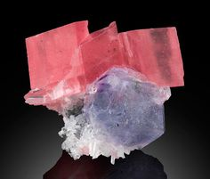 Rhodochrosite on Fluorite -- 02-05 Tetrahedrite stope, Fluorite Raise, Sweet Home Mine, Park Co., Colorado, USA