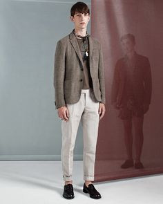 See the complete Z Zegna Spring 2017 Menswear collection.