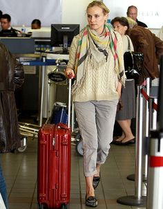 Diane Kruger in airport look... Just missing Joshua Jackson