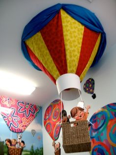 Custom made hot air balloon by Character.