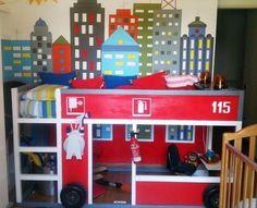 Ikea Kura Bed hacked (Firetruck) / Cama Kura do Ikea transformada (Carro dos Bombeiros) Ikea Loft, Ikea Bunk Bed Hack, Kura Ikea, Kura Hack, Ikea Furniture Hacks, Ikea Hacks, Ideas Dormitorios, Kid Spaces, Kid Decor