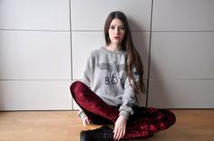 Get this look (leggings, sweatshirt) http://kalei.do/WduSWBQlOVZsqYd2