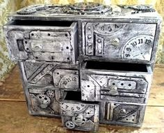 Gothic Jewelry Box Diy Steampunk Industrial boxes and drawer chests Steampunk Accessoires, Mode Steampunk, Style Steampunk, Steampunk Crafts, Steampunk Gadgets, Steampunk House, Steampunk Design, Gothic Steampunk, Steampunk Fashion