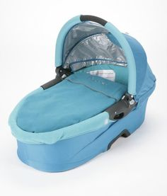 Gift - Quinny Dreami Buzz Bassinet Capri Toddler Gifts, Twin Babies, Foam Mattress, Bassinet, Baby Car Seats, Capri, Baby Ideas, Toddlers, Bags