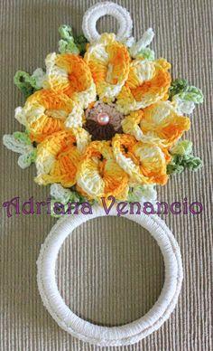 Crochet Doily Patterns, Crochet Doilies, Crochet Flowers, Crochet Towel Topper, Toilet Accessories, Crochet Kitchen, Towel Holder, Pot Holders, Diy And Crafts