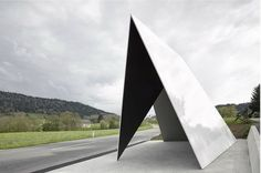The work of Belgian architects Jan de Vylder, Inge Vinck, and Jo Taillieu of dvvt, and is meant to mimic the shape of the Alps, village of Krumbach, Austria.