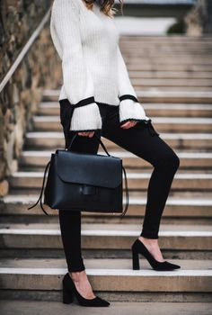 Navy Grace Blog | A Fashion + Lifestyle blog // Feminine Sleeves