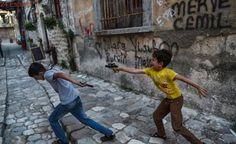 Juegos de niños, juegos de guerra