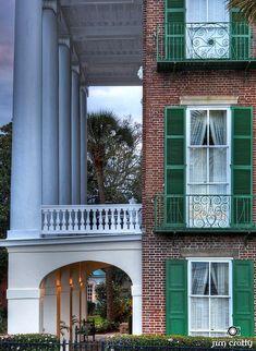 TheFullerView  The ROPER HOUSE owner Richard Hampton Jenrette. The Battery, Chas. SC