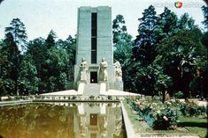 MonumentoaAObregonMexicoDF(1957)