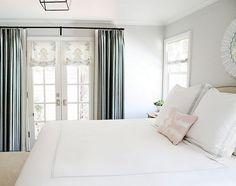 Master Bedroom. Serene Master Bedroom Decor. #Bedroom #MasterBedroom #SereneMasterBedroom  Design Stiles