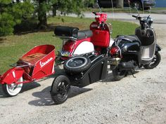 The two scooter cargo trailers I designed and built for my 2013 Honda Metropolitan and my Vespa PX150 tburick495@aol.com