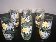 One stroke painting - Daisy glasses