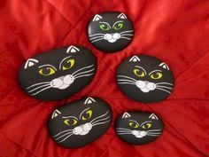 Beauty and cute rock painting ideas (21)