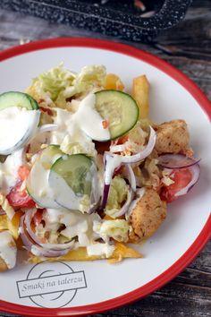 Kapsalon – Holenderski fast food – Smaki na talerzu Chimichanga, Grilling, Food And Drink, Tasty, Meat, Chicken, Ethnic Recipes, Eat Lunch, Crickets