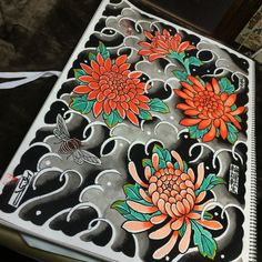 Chrysanthemum Wedding Bouquet, Chrysanthemum Tattoo, Tattoo Portfolio, Oriental Tattoo, Japanese Illustration, Yakuza Tattoo, Cool Tattoos, Tatoos, Japanese Flowers