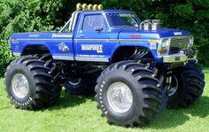 Le Bigfoot The Original Monster Truck chez GreenLight Collectibles Rc Trucks, Lifted Trucks, Pickup Trucks, Custom Trucks, Big Monster Trucks, Monster Truck Racing, Monster Jam, Bigfoot, Dodge Charger