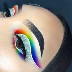 Makeup Eye Looks, Eye Makeup Art, Cute Makeup, Eyeshadow Makeup, Makeup Geek, Eyeshadows, Rainbow Eye Makeup, Colorful Eye Makeup, Maquillage Phosphorescent