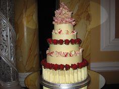 #weddingcake delivery @CityHallCardiff yesterday! 5 tiers of Madagascan Bourbon Vanilla Cake, #AmedeiToscanowhitechoc