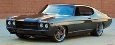 70 Chevelle Resto-Mod Is Back In Black A240815