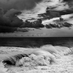 even in black and white waves are awesome