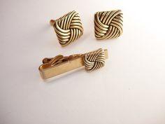 Eternity cufflinks set * gold Vintage jewelry * Designer Swank * Wedding Groom gift * Tie Bar Clip * Enamel love Knot Groomsman Businessman