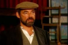 """Roger Lloyd Pack as Owen Newitt in """"The Vicar of Dibley"""". Besides the Vicar, Owen is my favorite :) British Tv Comedies, British Comedy, Six Pack Abs Men, English Comedy, Vicar Of Dibley, Dawn French, Uk Tv Shows, Only Fools And Horses, Vicars"""