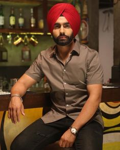 💕shavia💕 Mens Photoshoot Poses, Ammy Virk, Turbans, Baby Outfits, World Cup, Actors & Actresses, Singers, Stars, Movies
