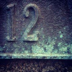 #12 #type #typography #numbers #chrononumbers #12chrononumbers #patina #metal