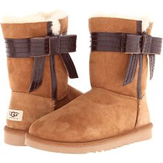 The Australia Josette Ugg Boots are one of the most popular products on Kickscout last week. What do you think of them? http://kickscout.com/Product/featured/UGG-Josette/2335