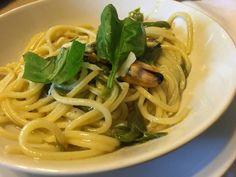 Spaghetti con cozze peperoncini verdi e basilico.- -ITALIA by Francesco-Welcome and enjoy- - #Expo2015 #WonderfulExpo2015 #ExpoMilano2015 #Wonderfooditaly #MadeinItaly #slowfood #FrancescoBruno @frbrun http://www.blogtematico.it frbrun@tiscali.it http://www.francoingbruno.it