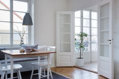 Bilder, Kök/matplats, Trägolv, Matbord, Fönster - Hemnet Inspiration