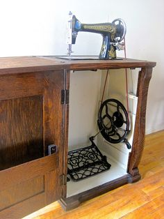 The Project Lady: How-to re-store old sewing machine cabinet