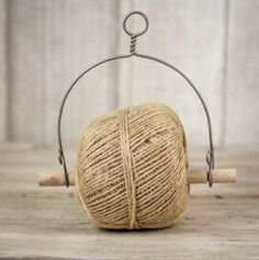 wire holder for twine. Wire Crafts, Diy And Crafts, Metal Crafts, Diy Yarn Holder, Diy With Kids, Yarn Bowl, Wire Art, Craft Storage, Getting Organized