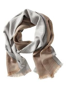 I need more scarves - they look great and they work great!