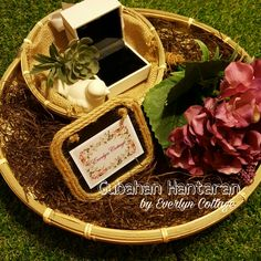 Back to the Kampung Theme rattan gift tray..