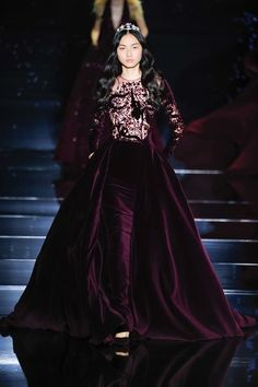 Shimmering couture Zuhair Murad princesses in detailed gowns and the occasional detailed jumpsuit. See the Zuhair Murad Haute Couture F/W 2015 show below: Couture Mode, Style Couture, Couture Fashion, Runway Fashion, Paris Fashion, Fashion Week, Fashion Show, Fashion Design, Fall Fashion