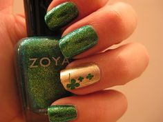 Sparkly Emerald and Gold Manicure with Shamrocks from Mad Manis  <---  This made me think of my sis-in-law who is not even irish. !  she's just obsessed with nail polish