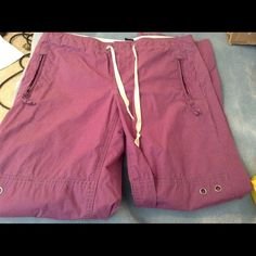 The Gap Adjustable Pants To Capris, Size 8 This Is A Great Pair Of A Darker Purple Color ThenThe Pictures, They Can Be Worn Down As Pants Or Has Two Snaps And Can Be Worn As A Capri Really Nice ! They Run A Little Larger Then Average 8 Not To Much, These Are A Tie And Velcro With A Zipper Closure, These Were Slightly Worn A Few Times Only And In Great Condition, No Rips Tears Or Spills Or Damage, The All Pockets Are Functional Front Zipp, So Cute Great Fall Color They Are Not A Heavy Fabric…