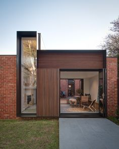 Completed in 2018 in Melbourne, Australia. Images by Jaime Diaz-Berrio. Tetris Extension in Melbourne's inner north-west is a compact addition completed in early The clients, a young couple with two small children,. Architecture Design, Australian Architecture, Residential Architecture, Residential Lighting, Mobile Architecture, Melbourne Suburbs, Recycled Brick, Hillside House, Casas Containers