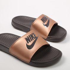 Converse All Star, Converse Chuck Taylor, Vans Old Skool, Nike Slides Mens, Cute Slides, Nike Slippers, Nike Benassi, 12th Birthday, Dream Shoes