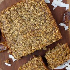 Banana Date Flapjack #healthy #dessert #recipe #banana #oat #breakfast #bar
