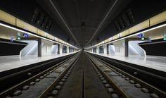 Essa é a moderna estação central de Zurique.
