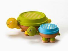 déco de jardin en  pots en terre  figurines de tortues