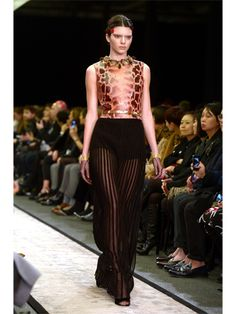"Pin for Later: Kendall Drops the ""Jenner"" in the Name of Fashion — Do You Approve? And Givenchy. Kendall Jenner Birthday, Kendall Jenner Runway, Kendall Jenner Style, Kendall And Kylie, Fashion Models, High Fashion, Fashion Show, Womens Fashion, Fashion Trends"