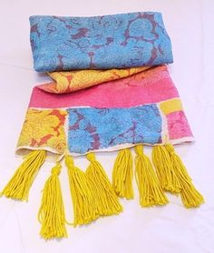 Manta de género de algodón estampada. http://www.gabyboccardo.com.ar