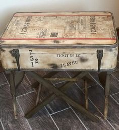 Decoupage Suitcase, Suitcase Decor, Cheap Rustic Decor, Small Coffee Table, Vintage Suitcases, Distressed Painting, Rustic Industrial, Vintage Knitting, Repurposed Furniture