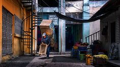 Popular on 500px : Entering the market by edtsousa