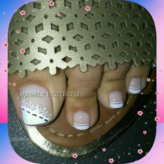 FRANCES French Pedicure, French Manicure Designs, Pedicure Designs, Pedicure Nails, Toe Nails, Toe Designs, Hair Beauty, Nail Art, Pretty Pedicures