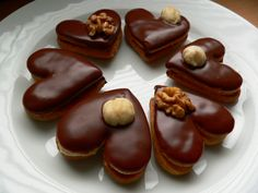 Milenčina srdíčka | brydova.cz Christmas Candy, Christmas Baking, Christmas Cookies, Slovak Recipes, Holiday Recipes, Christmas Recipes, Amazing Cakes, Nutella, Sweet Recipes